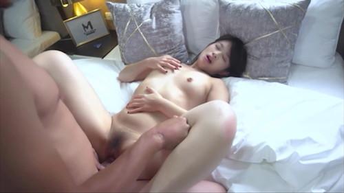 【線上x20】國產AV~素人街道搭訕黑絲美女~初次錄製AV秒變風騷女優